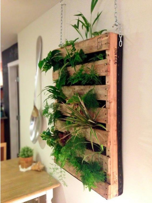upcycle a pallet as hanging herb garden and wall art - Hanging Herb Garden